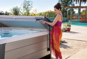 Highlife hot tub with Cover Cradle cover lifter