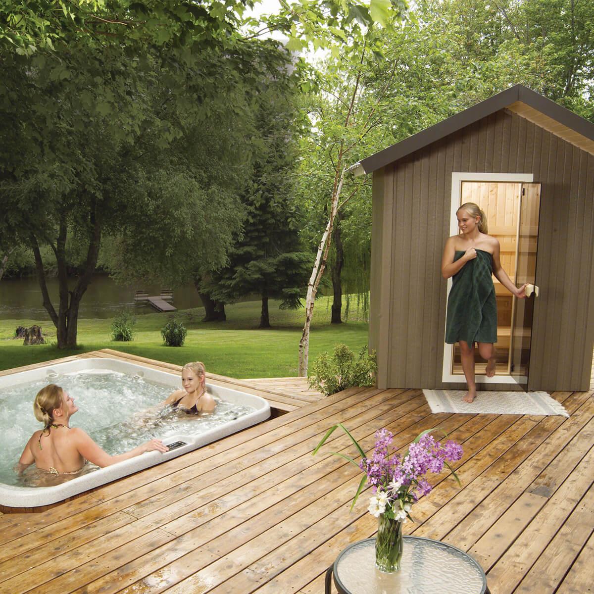 Finnleo Outdoor Saunas Family Image